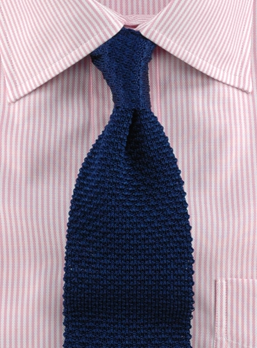 How To Knit A Tie Pattern : Classic Silk Knit Tie in Navy