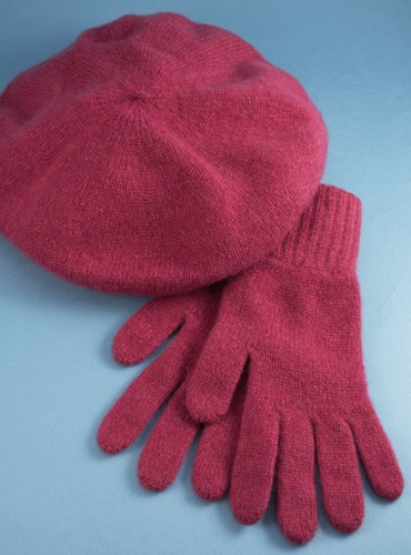 Cashmere Beret and Gloves in Poppy