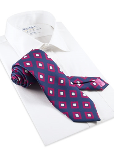 Silk Diamond Print Tie in Navy and Magenta