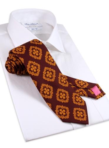 Silk Medallion Printed Tie in Burgundy