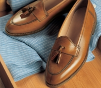 The Split Toe Tassel Loafer in Antique Tan