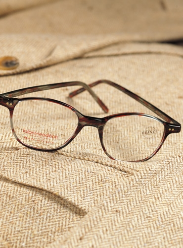 Semi-Square Frame in Tortoise with Red