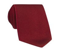 Silk Solid Signature Tie in Ruby Red