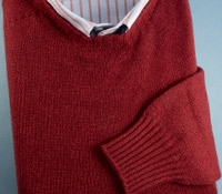 Cashmere Crewneck Pullover Sweater in Brick