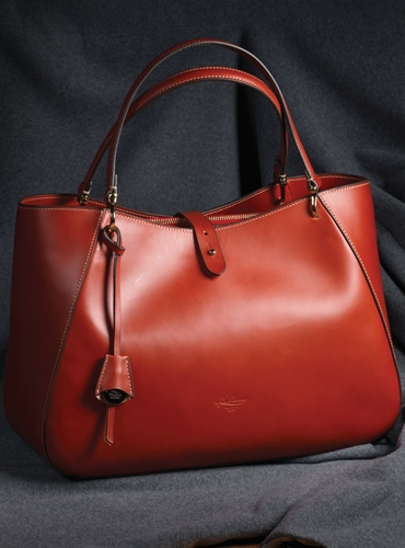 Leather Shoulder Bag in Sienna