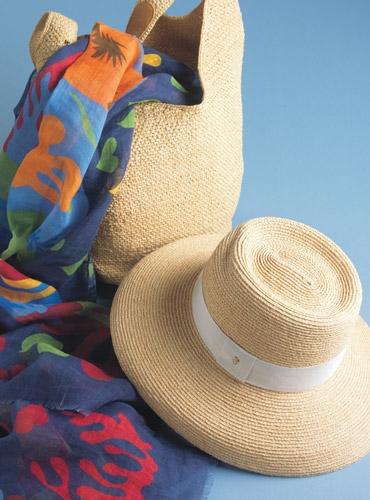 Wide-Brim Raffia Sun Hat in Natural