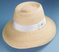 Wide-Brim Raffia Sun Hat in Natural