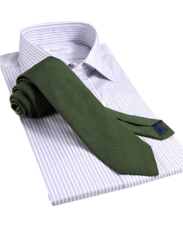 Silk Signature Solid Tie in Field