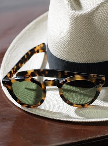 Bold Round Sunglasses in Dark Tortoise