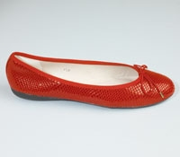 Snakeskin flat in Red