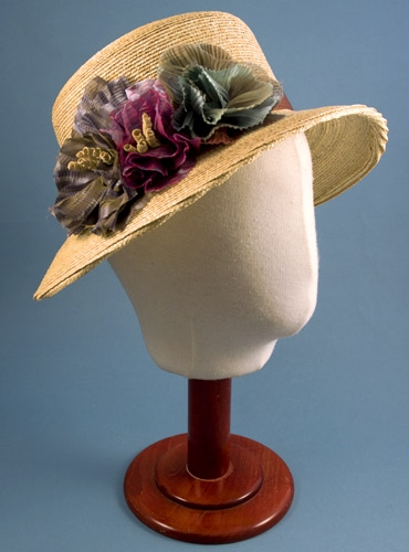 Ladies Straw Hat with Floral Embellishments