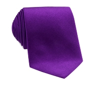Silk Solid Signature Tie in Berry