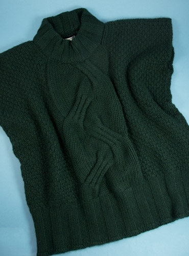 Ladies Cashmere Top in Tartan Green