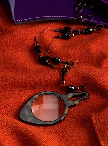 Loupe with Beaded Chain
