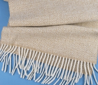 Cashmere Diamond Scarf in Camel