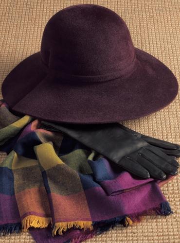 Ladies Felt Wide Brimmed Hat in Plum