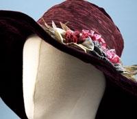 Ladies Wide Brim Hat in Bordeaux