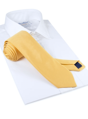 Mogador Silk Solid Signature Tie in Sun