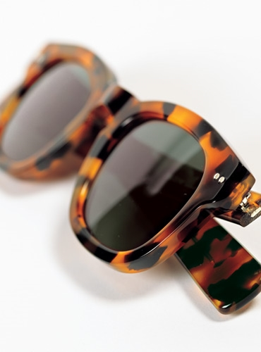 Bold Semi-Square Sunglasses in Tortoise