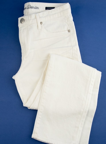 Ladies Crop Jeans in White