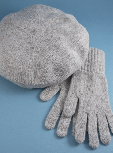 Cashmere Beret and Gloves in Flannel