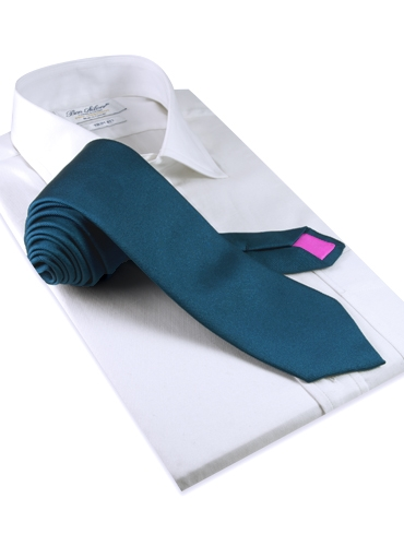 Silk Solid Signature Tie in Teal