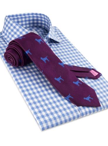Silk Woven Tie with a Labrador Motif in Magenta