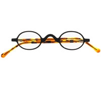 Small Oval Reader in Black and Tortoise