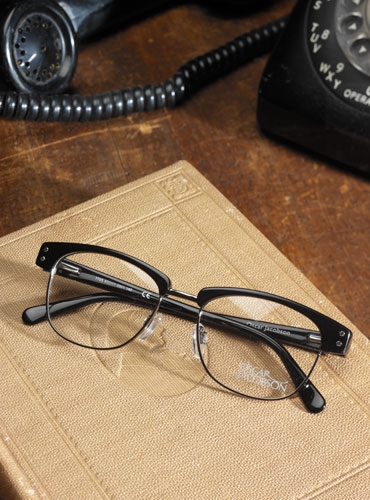 Brow Frame Black