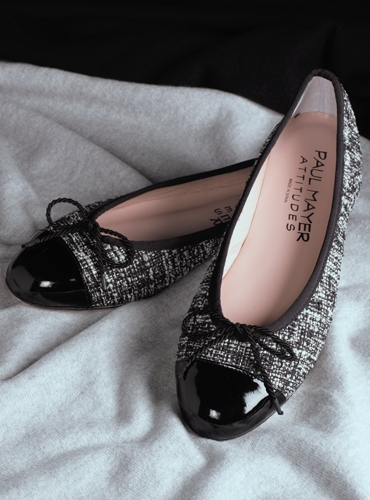 Ladies Black and White Tweed Flats
