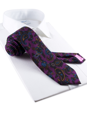 Wool Print Paisley Tie in Plum