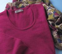 Ladies Cashmere Sweater Dress in Raspberry