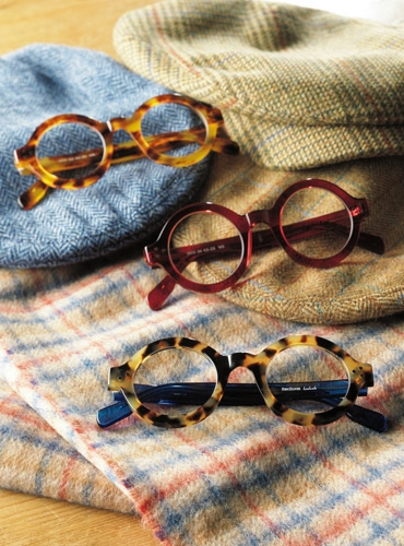 Stylish Bold Frame in Light Tortoise with Blue Temples