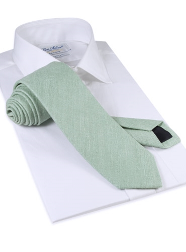 Shantung Silk Solid Tie in Mint