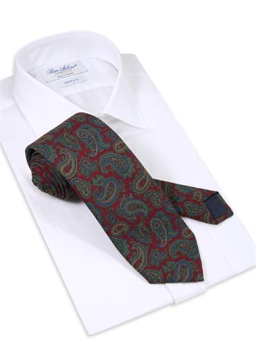 Wool Paisley Printed Tie in Cranberry