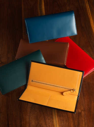 Bridle Leather Long Wallets with Zip Pocket