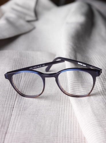 Semi-Square Frame in Navy
