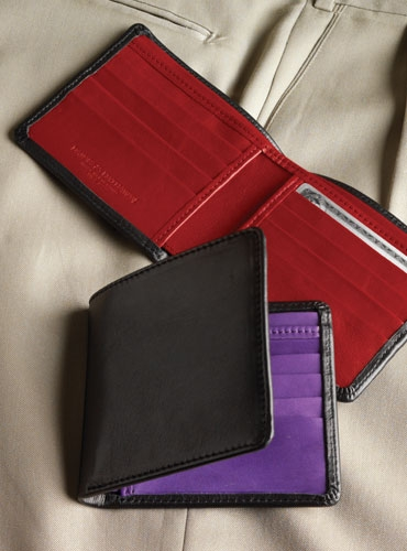 Notecase Wallet with Contrasting Interior