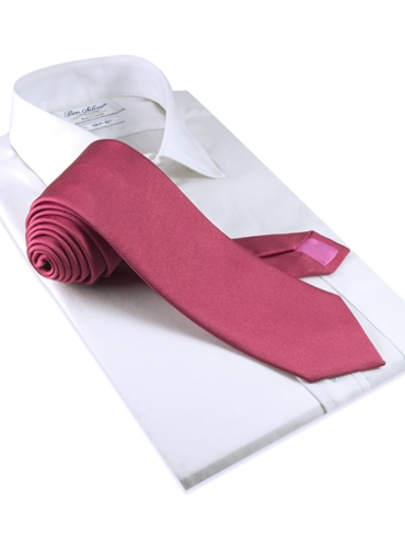 Silk Solid Signature Tie in Coral
