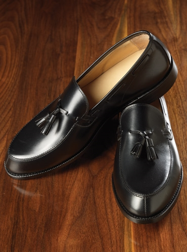 The Greensboro Tassel Loafer in Black