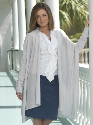 Ladies Knitted Wrap-coat in Cloud