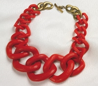 Graduated Link Necklace in Red