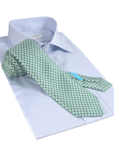 Silk Print Small Diamond Tie in Sage