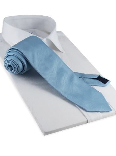 Woven Silk Solid Tie in Cloud