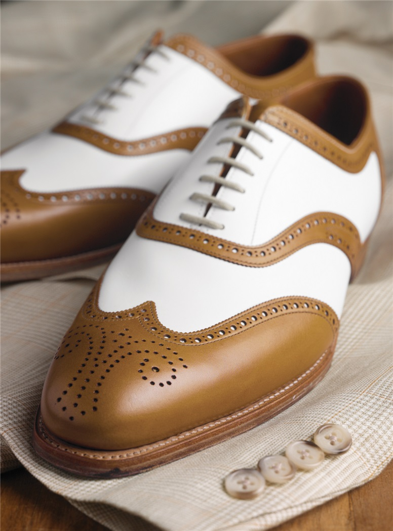 The Hampton Spectator in Tan & White