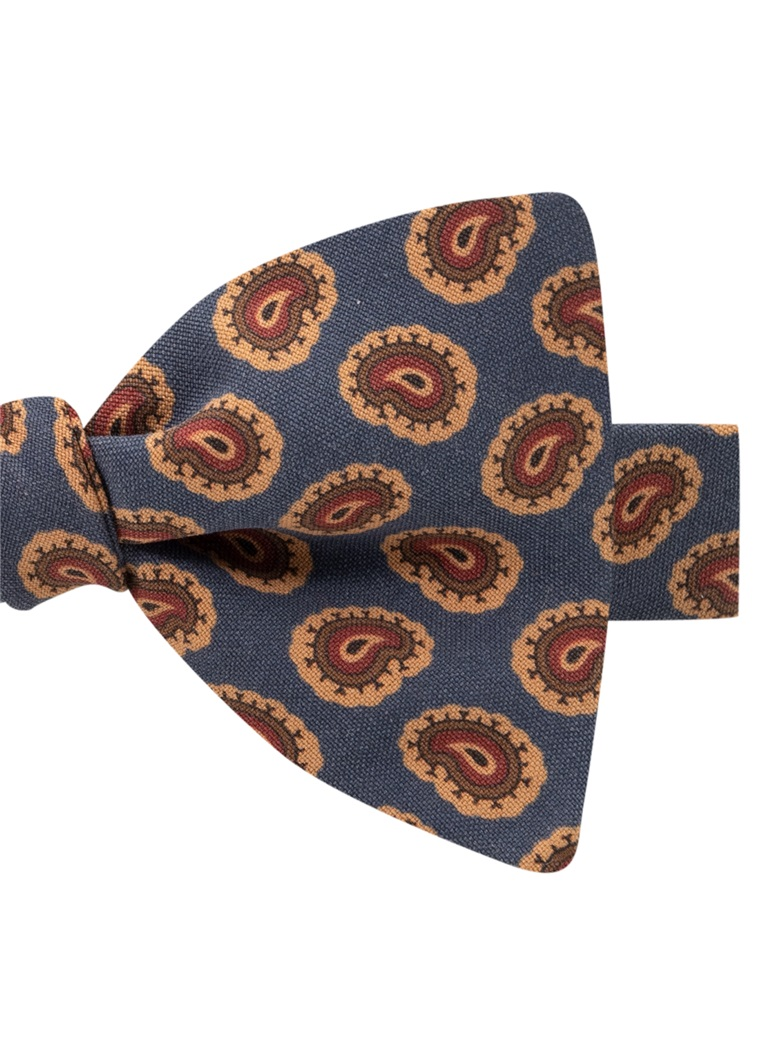 Silk Paisley Printed Bow Tie in Navy