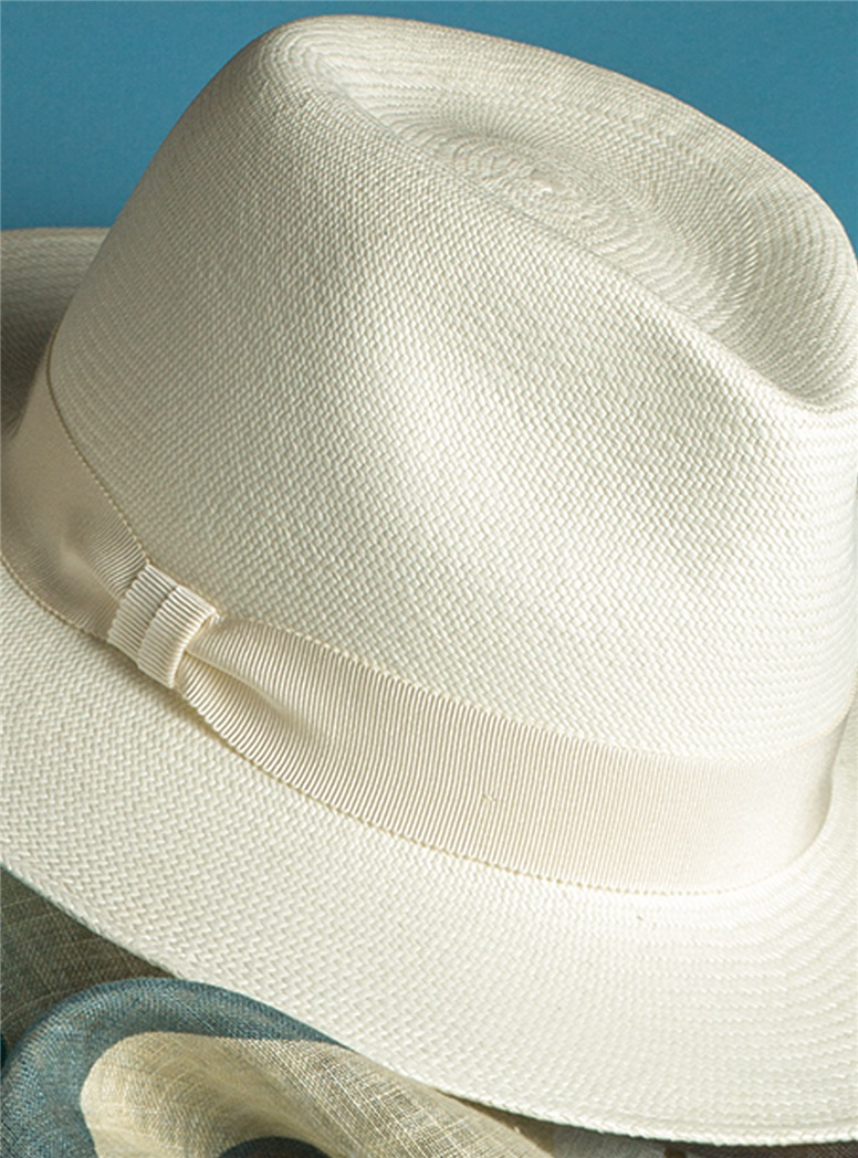 Panama Hat in Ivory