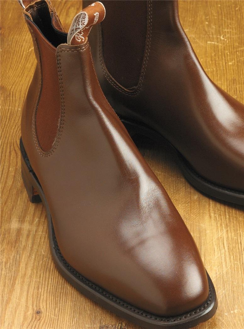 R.M. Williams Boots in Dark Tan