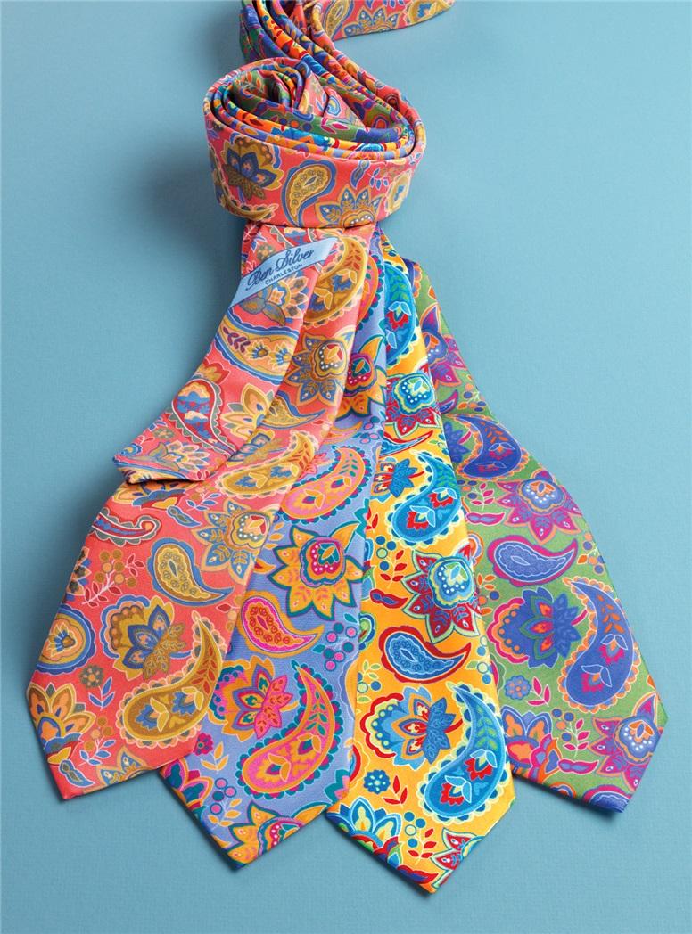 Floral Paisley Tie in Sky