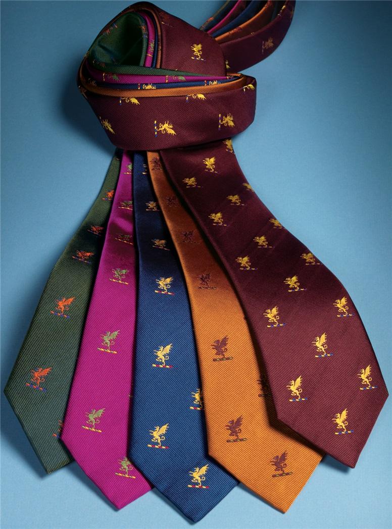 Silk Woven Griffin Motif Tie in Oak